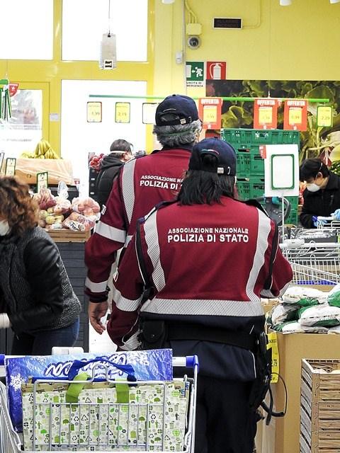 Volontari-della-Ass-Polizia-di-Stato-di-Brindisi-a-Oria-Br-4