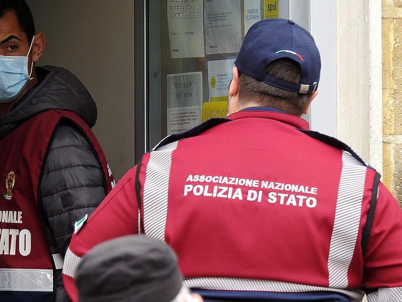 Volontari-della-Ass-Polizia-di-Stato-di-Brindisi-a-Oria-Br-9