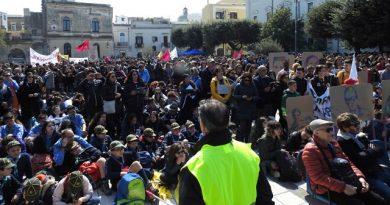 Le sane coscienze sono più forti delle mafie e dell' illegalità. Grande manifestazione regionale a Brindisi, organizzata da Libera./Foto